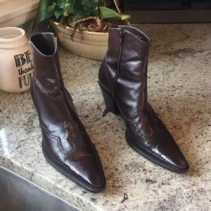 Vintage Franco Sarto Detailed Pointed Toe Boots